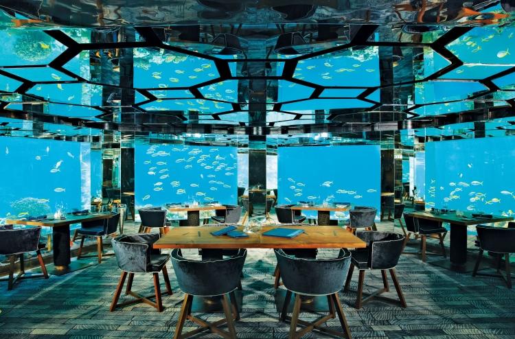 Anantara Kihavah's underwater restaurant