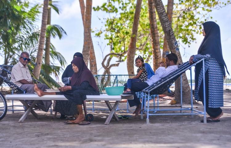 Simple island life